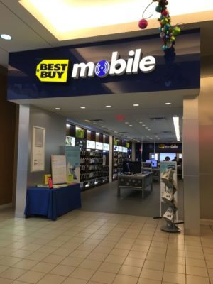 Loja da best buy mobile no Metrotown mall em Vancouver