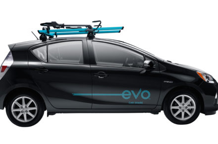 evo car share foto prius